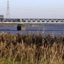 le pont ferroviaire sur l'Escaut reliant Temse à Bornhem