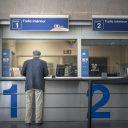 Een loket op station Charleroi, bron: NMBS