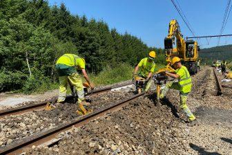 Spoorherstellingen na de waterschoodramp aan lijn 162 tussen Rochefort-Jemelle en Poix Saint Hubert