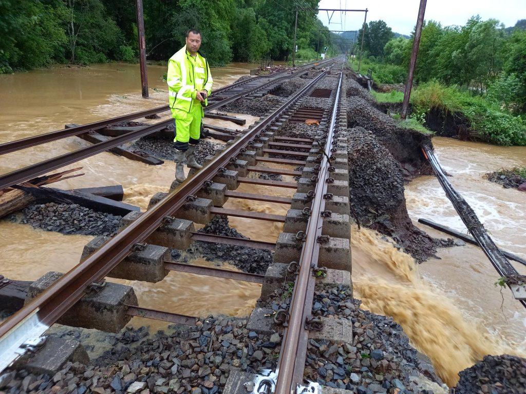 Waterschade aan spoor in Wallonië